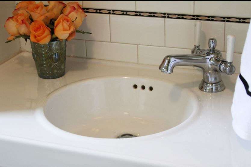 Ordinaire Pencil Liners, Bathroom Tiles